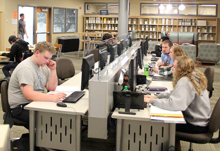 CVTC Adds Program for Library Workers